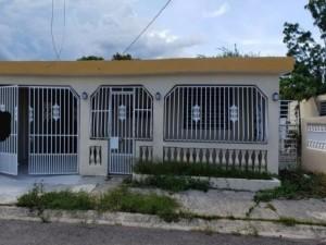 casas en venta o alquiler en Loiza