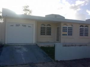 Casas para alquiler en rio grande o propiedades y apartamentos for Casas con piscina para alquilar en puerto rico