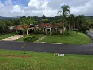 Casas para alquiler en cidra o propiedades y apartamentos for Casas con piscina para alquilar en puerto rico